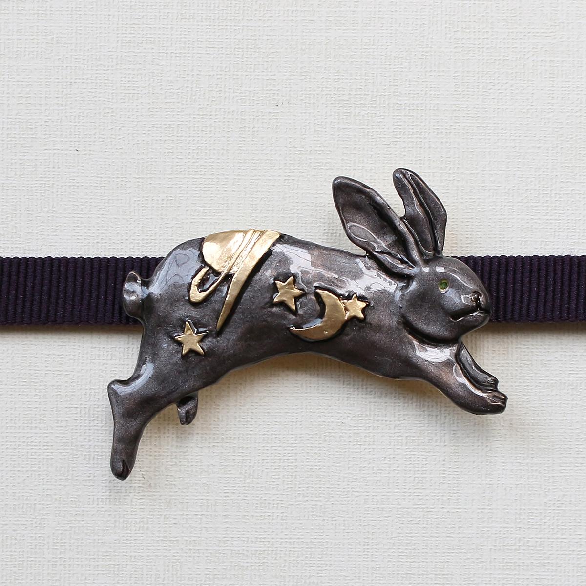 ヨゾラウサギ(ブラック)帯留め / 帯留め※専用豪華ボックス入り