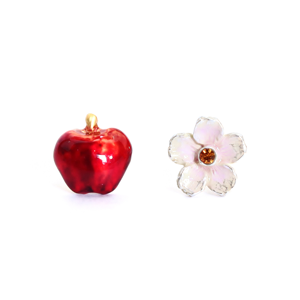 【1月誕生色モチーフ】花りんご / ピアス