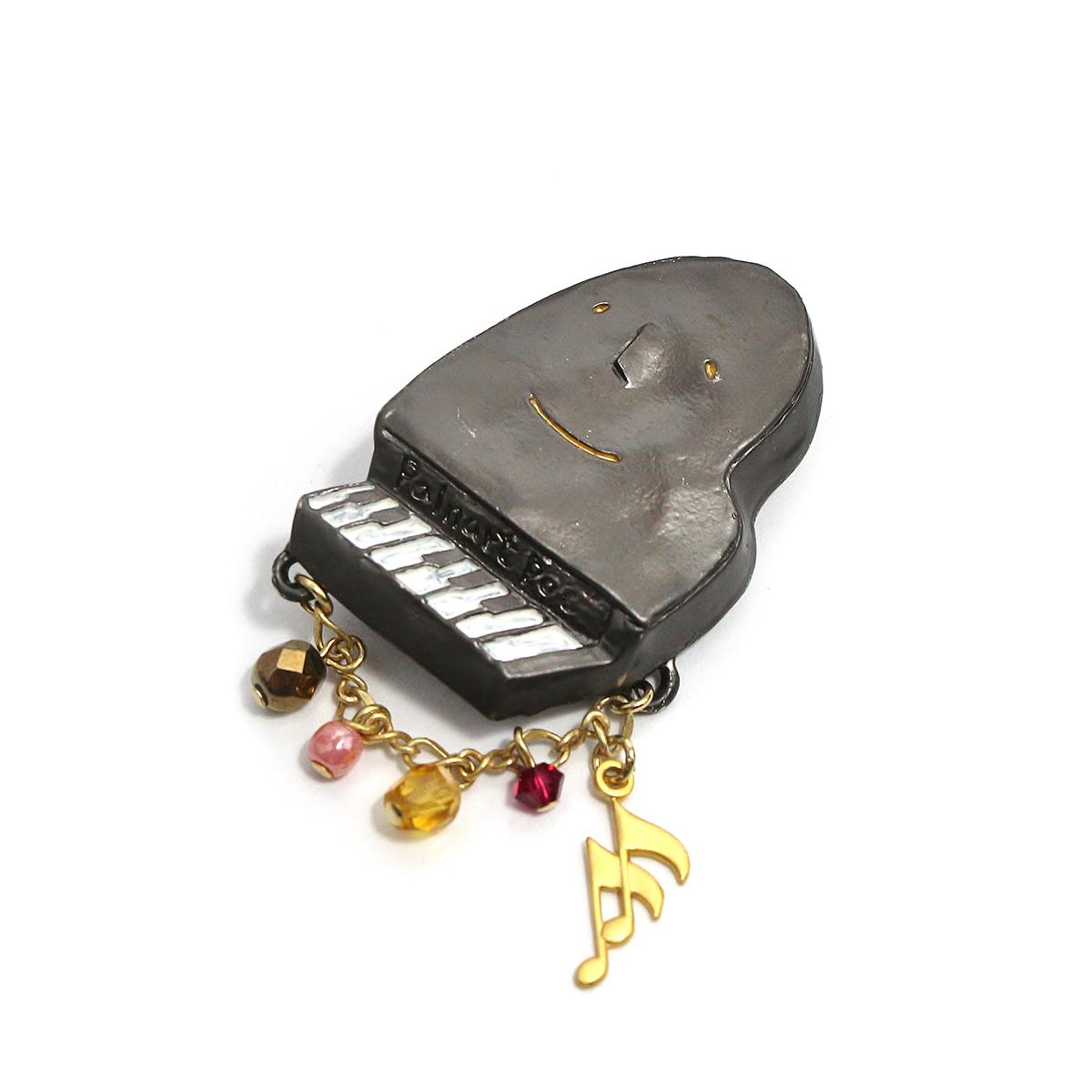 ピアノソナタ / ピンブローチ