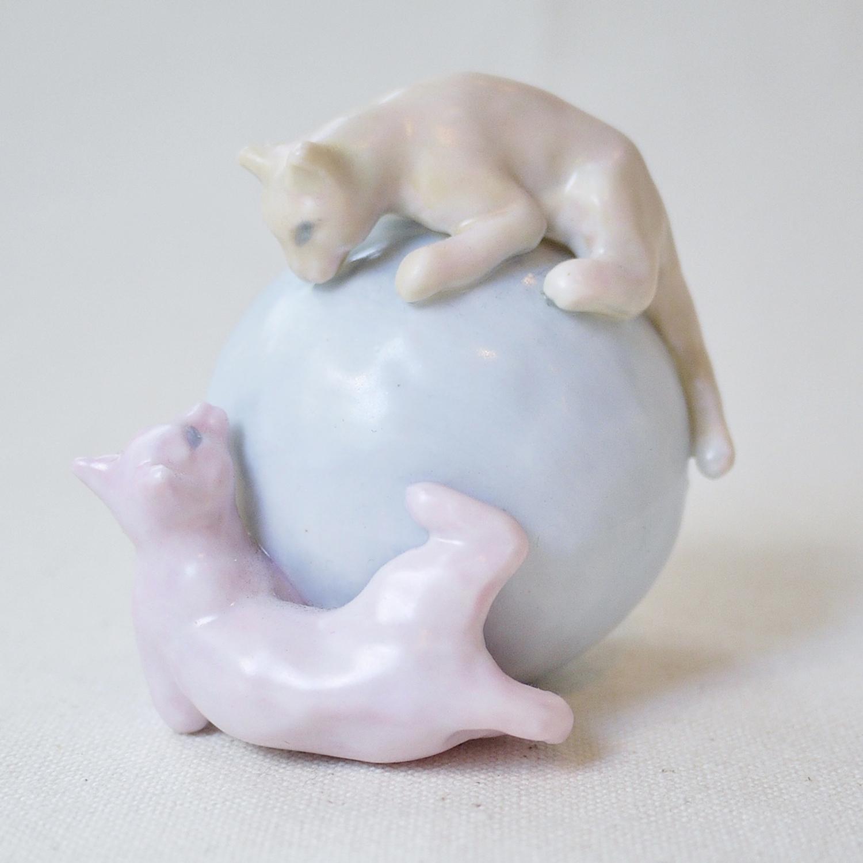【セール】ネコ玉 / 陶器 2017/01/04 13:00~通常価格5,500円のところセール価格